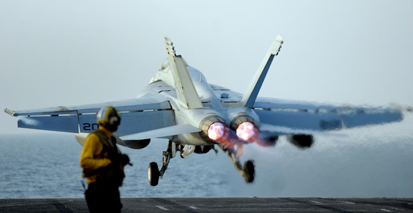 PERSIAN GULF (May 11, 2008) An F/A-18E Super Hornet assigned to the