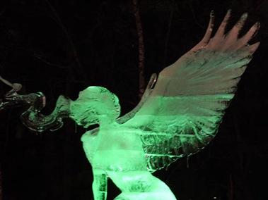 氷の彫刻E