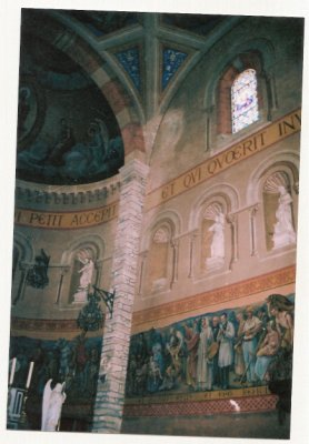 Eglise où serait apparue en 2003 Béatrice
